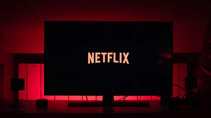 David Einhorn's Greenlight reports gains on Netflix short