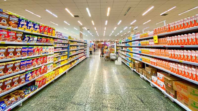 Slate Retail REIT acquires seven grocery-anchored properties