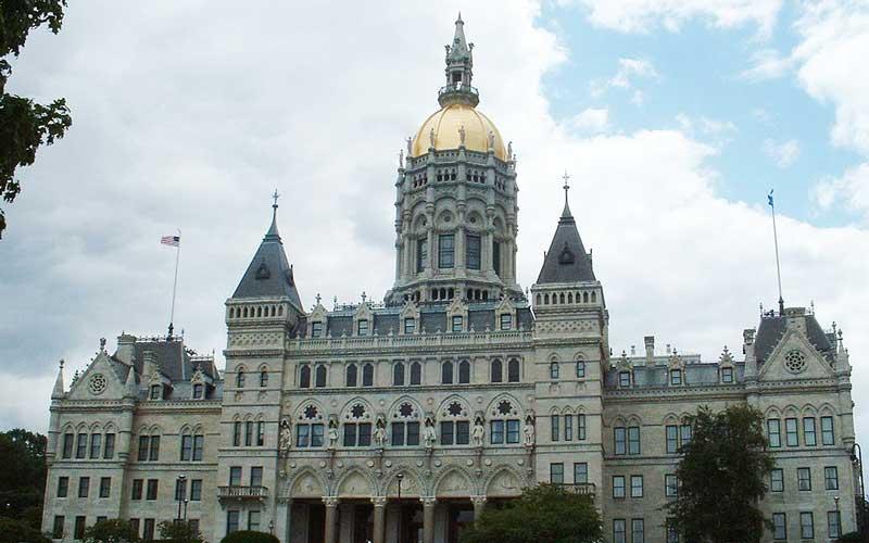 Connecticut pension allocates nearly $500m to private markets