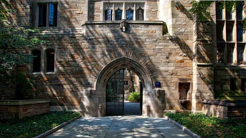 Brown an outlier as most Ivy League endowments underperform 60/40 mix