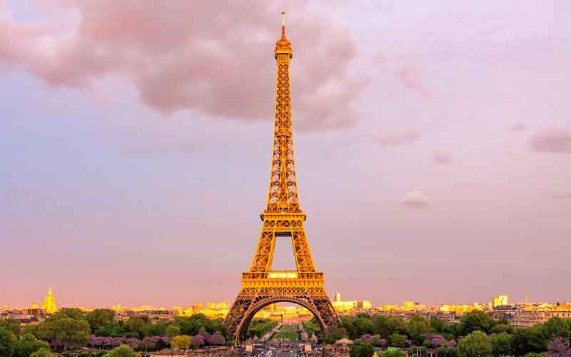 Citadel expands with Paris office