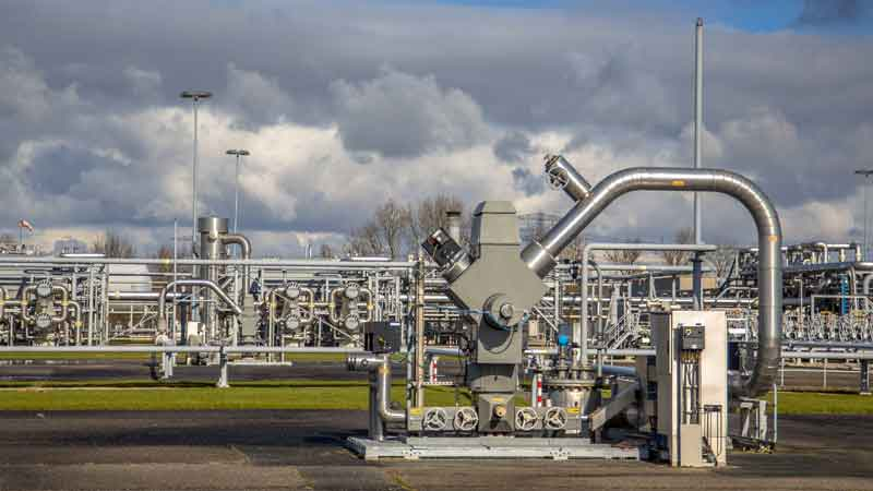 LNG infrastructure in play despite ESG-fueled objections